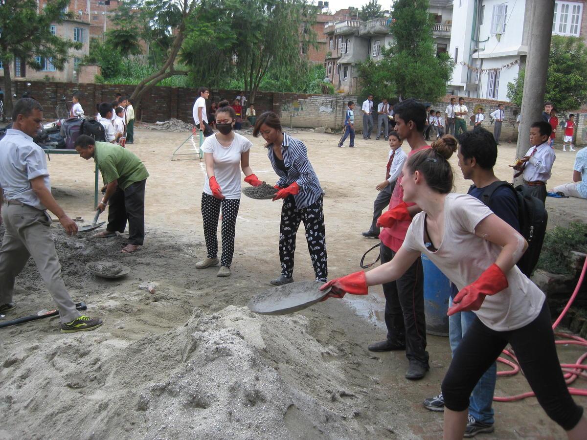 Le projet de reconstruction au Népal se tourne vers un développement sur le long terme